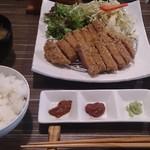 ROUTE29 - ランチ:牛カツ定食