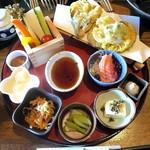 甲州ほうとう 完熟屋 - 天ぷらセット