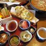 甲州ほうとう 完熟屋 - ほうとう天ぷらセット
