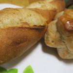 パン工房 koko - 朝ご飯用のパン バケット