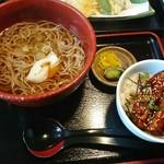 猪口猪口 - かけそば 680円 ミニ丼セット(イワシの蒲焼丼) + 300円