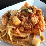 Rozetta - カジキマグロとカブのトマトソーススパゲッティ