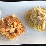 Rozetta - カジキマグロとカブのトマトソーススパゲッティ 鶏ミンチの白菜オイルスパゲッティ