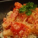 おじゃり - 料理写真:トマトの焼ビーフン ペペロンチーノ風に仕上げた一品です。