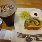 エムズカフェ - 料理写真:アイスコーヒー モーニング付