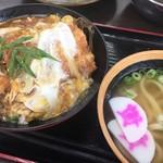 資さんうどん - 料理写真:カツ丼うどんセット(820円)