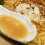 麺屋ななしぐれ - スープ
