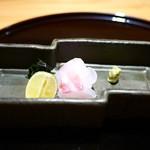 豪龍久保 - 鯛の造里(淡路)
