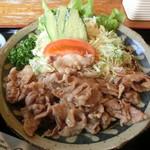 シーガル - 料理写真:焼肉定食 850円