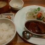 59080390 - IKKAKU唐揚げ&ポークタンシチュー B定食