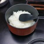 ゆふいん湯めぐりホテル 山光園 - 朝食のお櫃のご飯
