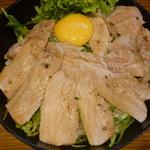 the 肉丼の店 - 絶品ポークステーキ丼(並)税込780円