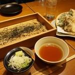 地酒とそば・京風おでん 三間堂 - [料理] 韃靼(だったん)蕎麦 & 季節の天ぷら盛り合わせ 全景♪w
