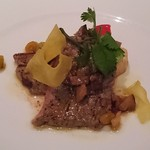 キハチ - 牛ロース肉の網焼き 干し海老銀杏ソース
