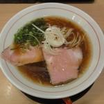 粉哲 - らーめん(醤油)