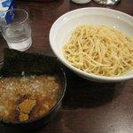 なおじ - 「つけ麺 並 300g(\750)」。