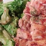 みーとカフェ - 鶏もも肉のソテー特製イタリアントマトソース(旧メニュー?)