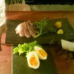 59090933 - 燻製鴨と燻製卵