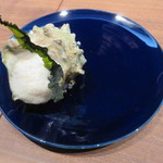 アジル - サザエのポワレ、玉ねぎ 紫蘇 バター エストラゴン1