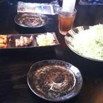 豚食健美 優膳 - 白菜、豚さんの煮こごり、大根