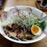 らーめん弥七 - 醤油ちゃーしゅー麺¥990       +中盛¥70計¥1,060