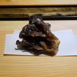 御料理 光安 - 山形県産の天然舞茸の揚げ物