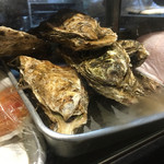 う越貞 - 北海道 仙鳳趾(せんぽうし、昆布森の横)牡蠣