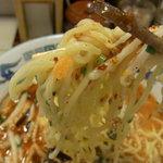 """豚""""竜らあめん - ちぢれ麺"""
