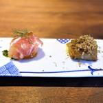 モーネ - 小芋のフリット フォアグラバター、明石の鯛のカルパッチョ パルマ産生ハム、