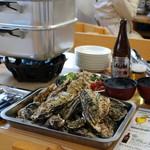 シーサイドテラス エスマーレ - 料理写真:地元産の牡蠣が食べ放題