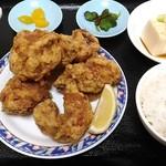 台湾料理 餃子坊 - 唐揚げランチ