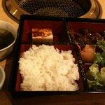赤坂アリラン - うわあ。お弁当だった。