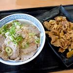 吉野家 - ねぎ塩ロース豚丼の並盛と牛皿並盛