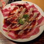 炭火焼肉酒家 牛角 若葉台店 - ガーリック牛バラトロカルビ120g(ランチ スタミナガーリックカルビ定食)