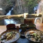 59123414 - お蕎麦と滝