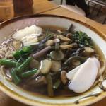 草木庵 - 料理写真:山菜そば880円