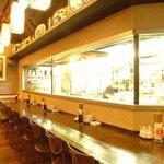 紅虎餃子房 - 本場中国から招かれた料理人の腕さばきを目の前で・・・★人気のカウンター席はデートにも◎