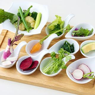 自家菜園のこだわり野菜を使用