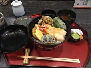 天ぷら わかやま - 日替わり天丼