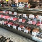 肉の伊吾田 - 肉のショウケース
