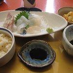 遊び心の宿 のいち - 料理写真:ランチの海鮮定食