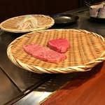 ステーキハウスれんが亭 - お肉の準備