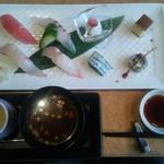 寿司ダイニング SUZAKI - にぎり 茶碗蒸し お椀