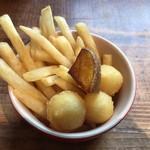 イーストヴィレッジ - 付け合せのポテト3種