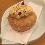 炊き餃子と唐揚げ とき家 - ズワイガニのクリームコロッケ(300円)