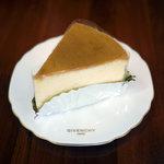 コクリコ - フロマージュ(スフレチーズケーキ)