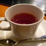 ステーキ・デボン - ☆食後の紅茶もゴクリ(^u^)ふぅー落ち着きます☆