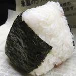 米屋の手づくりおにぎり 多司 - 鮭おにぎり 129円