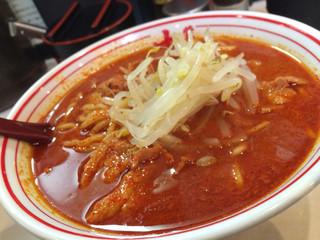 蒙古タンメン中本 町田店 - 辣さのジェットコースター。ひと口目をすすった瞬間に落下が始まる。