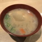 59168400 - 豚汁、10円(税別)